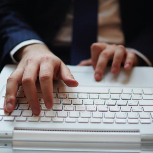 نامه نگاری و ایمیل